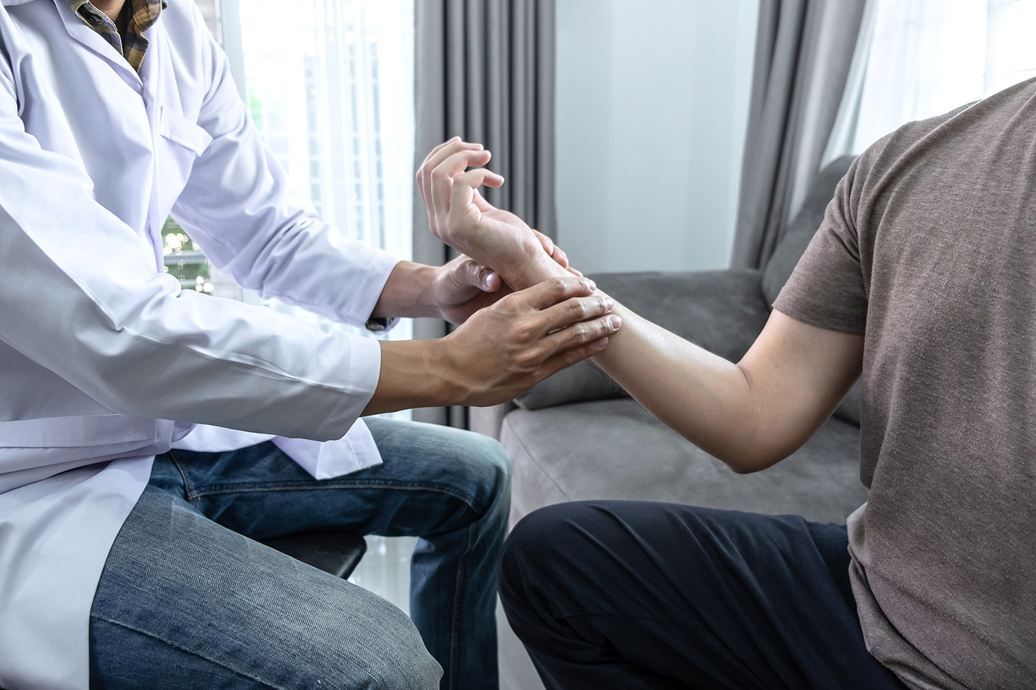 Physical Therapy for Auto Accident Injuries - Call 1-855-58-WRECK (97325)